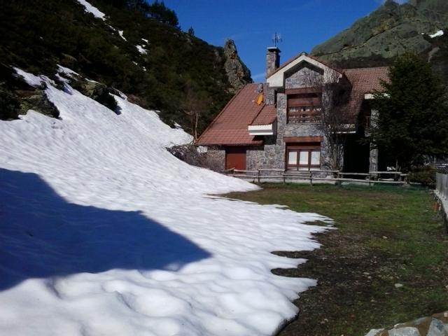 Seguimiento de nieve en pueblos/parajes de la CC - Página 4 20150423_111013